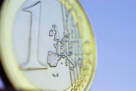 Häufige Fragen (FAQ): Glänzender Euro, den man bei der BBBank auch mittels SEPA-Verfahren transferrieren kann.