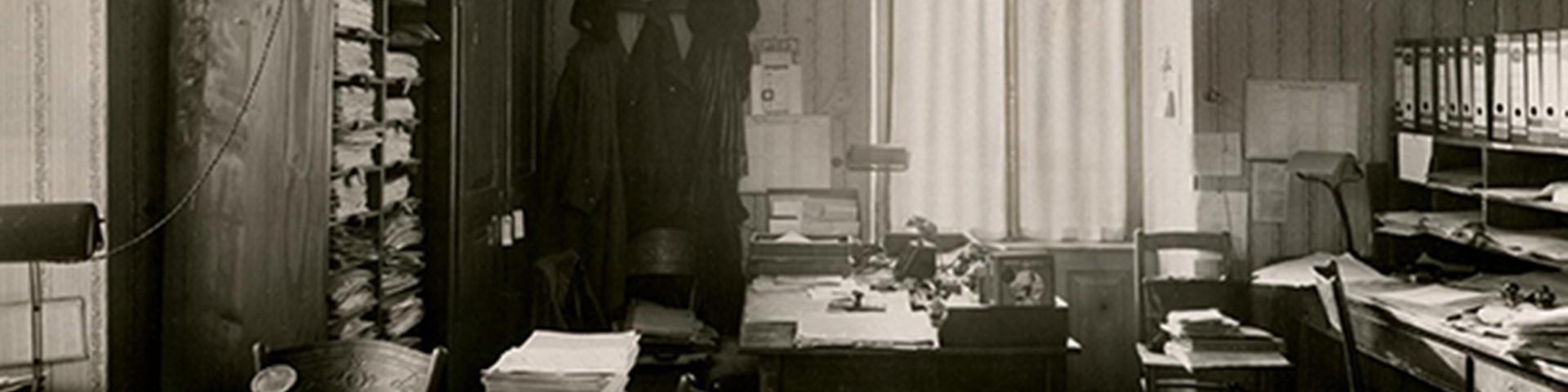 Historie der BBBank: Büro zur Gründungszeit 1921, als die BBBank als Selbsthilfeeinrichtung für den öffentlichen Dienst in Karlsruhe gegründet wurde.